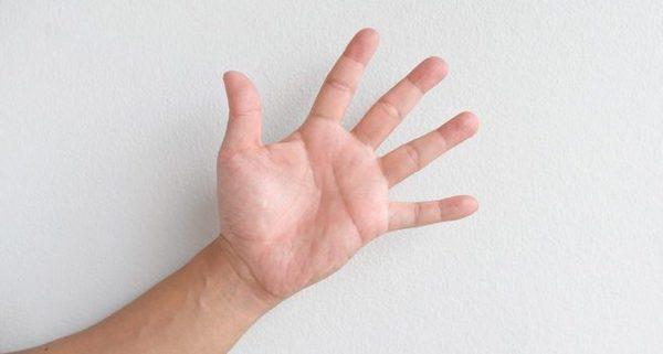 Logická úloha Počet prstů