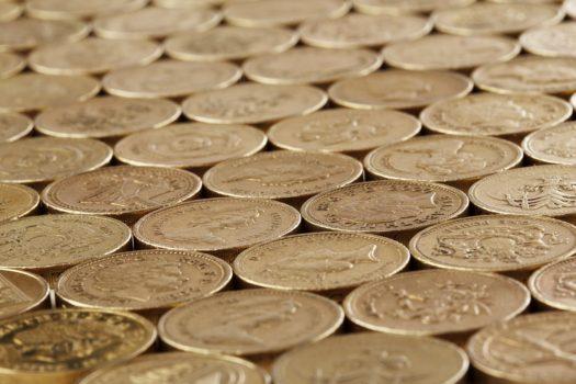 Třináct mincí