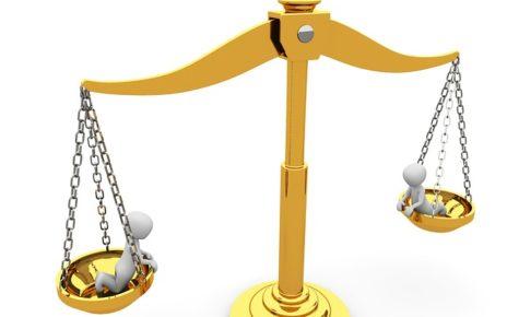 Hlavolamové přísloví vědeckou češtinou - Spravedlnost