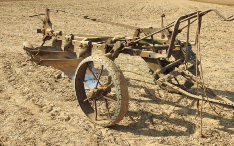 Hlavolamové přísloví - Zemědělec