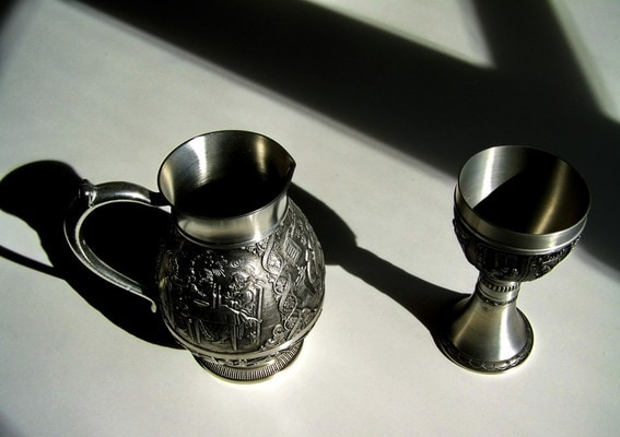 Dvě nádoby