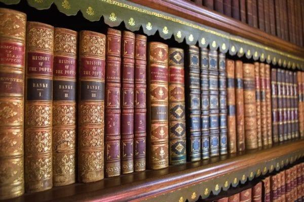 Hlavolam Knihovna